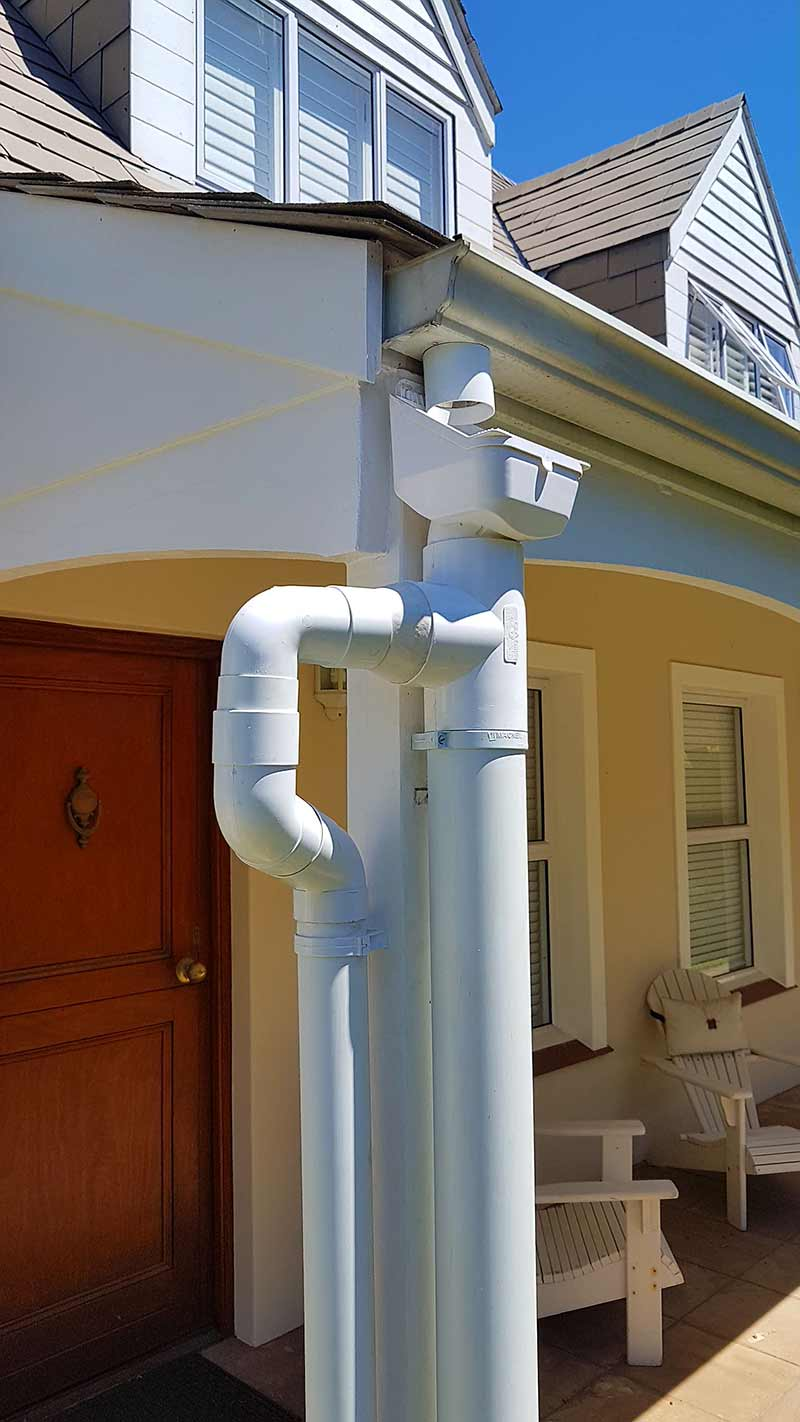 Leaf catcher in a rainwater harvesting solution